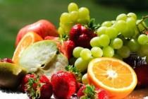 水果价格不再逢节必涨 消费向中低端流动